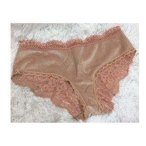 NWT Victoria's Secret Hiphugger Panty sz Large